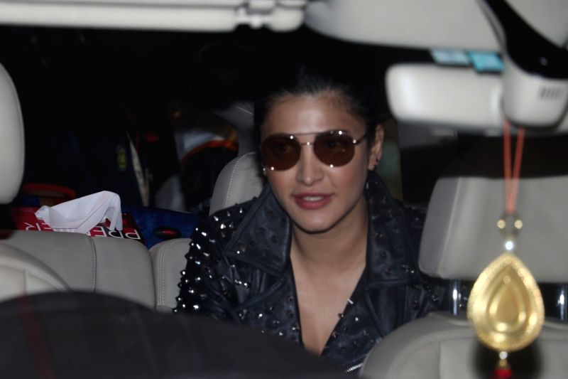 Actress Shruti Haasan Spotted At Airport in Mumbai, on May 26, 2017. - Shruti Haasan Spotted A