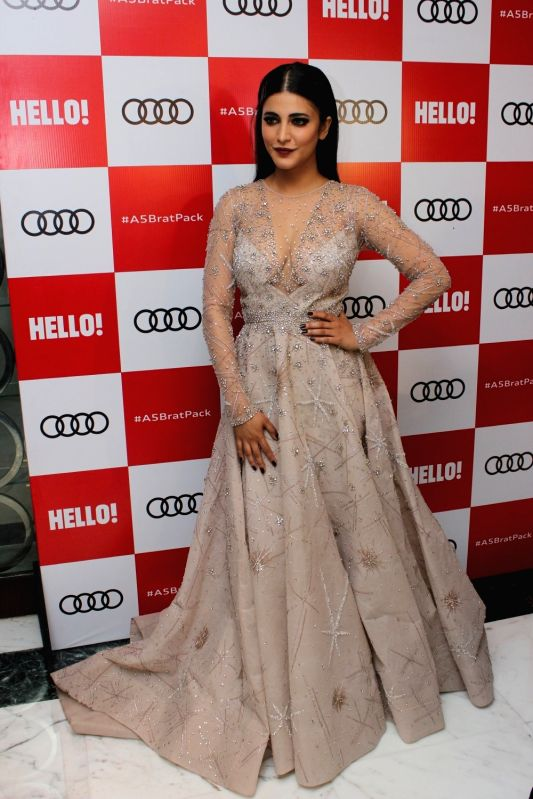 "Actress Shruti Hassan at red carpet of ""Luxury & Fashion As Hello! & Audi"" in Mumbai on Oct 5, 2017. - Shruti Hassan"