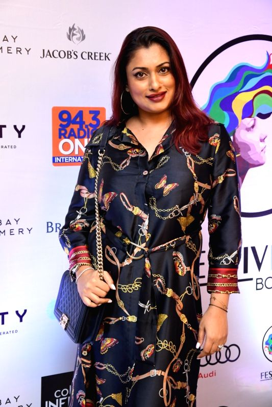 Actress Simple Kaul at 'Festivelle Boss Lady' - a cultural programme curated by actors Gul Panag and Shruti Seth, in Mumbai on Nov 17, 2018. - Simple Kaul, Gul Panag and Shruti Seth