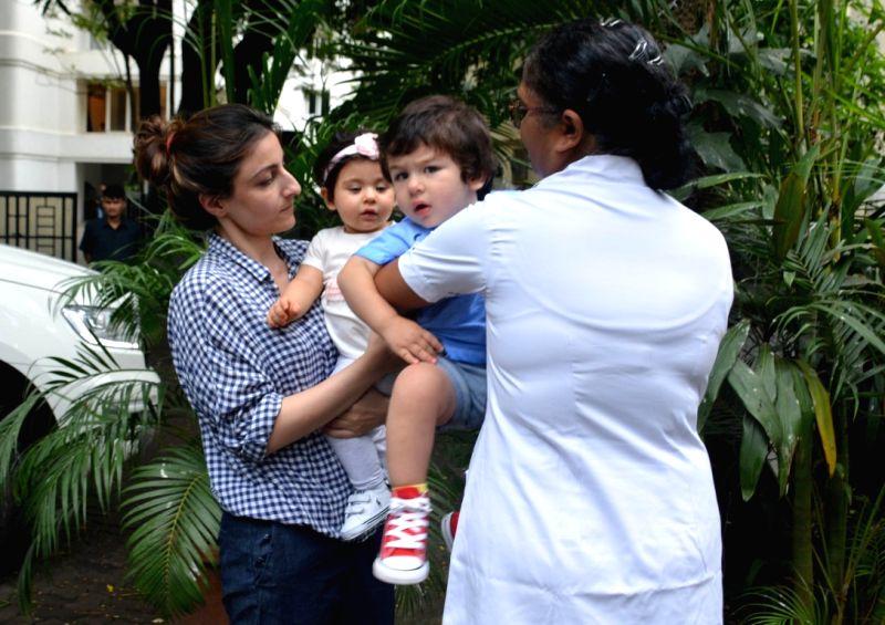 Actress Soha Ali Khan along with her daughter Inaaya Naumi Kemmu and nephew Taimur seen at Mumbai's Bandra on Aug 9, 2018. - Soha Ali Khan