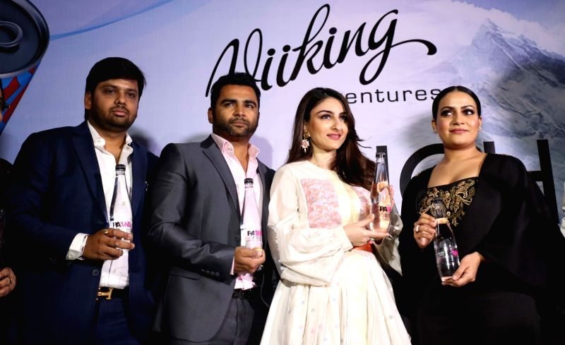 Actress Soha Ali Khan, Viiking Ventures Pvt. Ltd owner Sachiin Joshi and business head Minakshi Joshi during the launch of a mineral water brand in New Delhi on May 3, 2017. - Soha Ali Khan, Sachiin Joshi and Minakshi Joshi