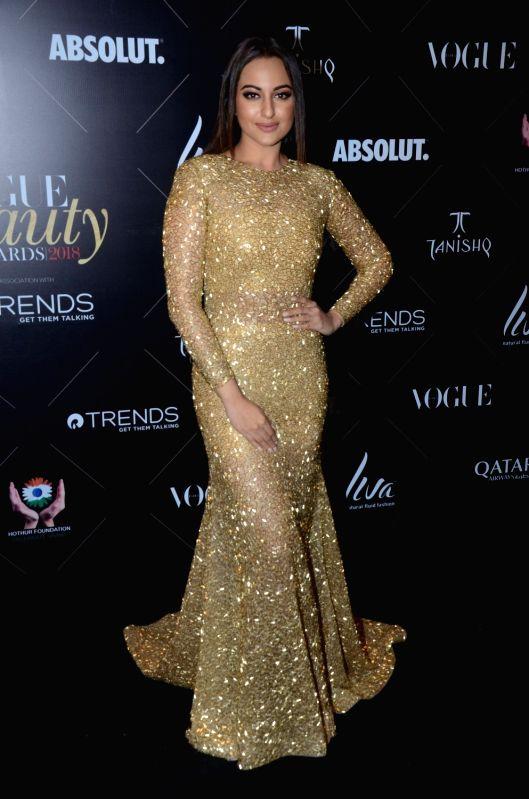 "Actress Sonakshi Sinha at the red carpet of ""Vogue Beauty Awards"" in Mumbai on July 31, 2018. - Sonakshi Sinha"