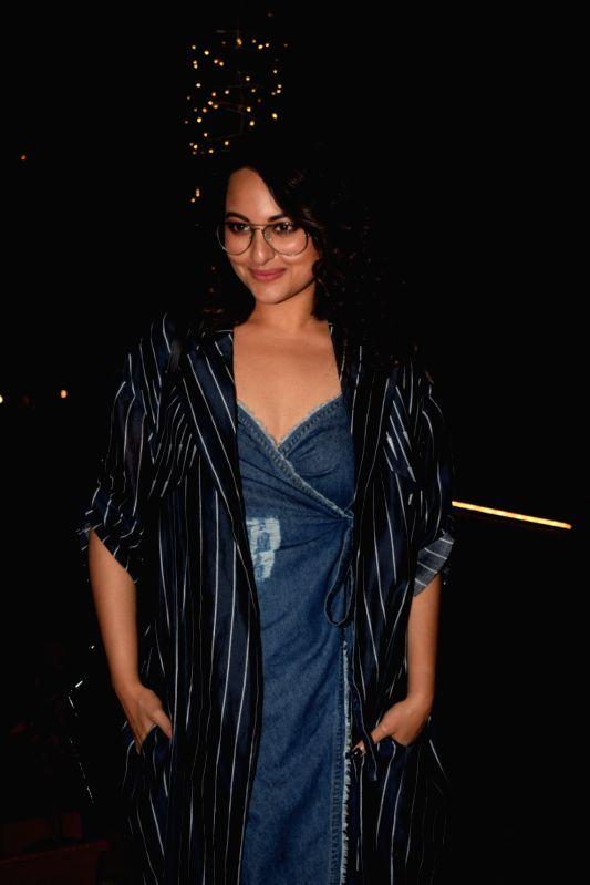 Actress Sonakshi Sinha seen at a restaurant in Mumbai on Feb 2, 2018. - Sonakshi Sinha