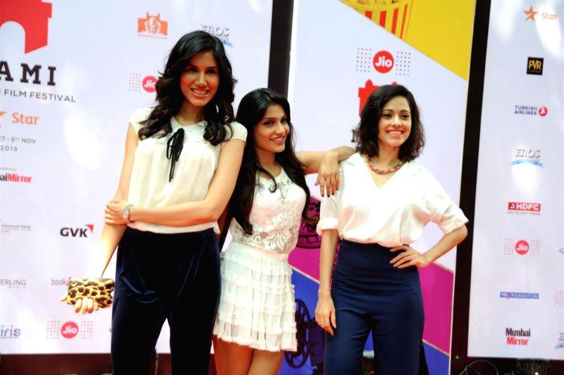 Actress Sonalli Sehgall, Ishita Sharma and Nushrat Bharucha at the 2nd day of Jio MAMI 17th Mumbai Film Festival in Mumbai on Oct 31, 2015. - Sonalli Sehgall, Ishita Sharma and Nushrat Bharucha