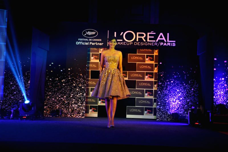 Actress Sonam Kapoor during the unveiling of L`Oreal Paris make-up collection for the Cannes Film Festival 2014, in Mumbai on April 30, 2014.