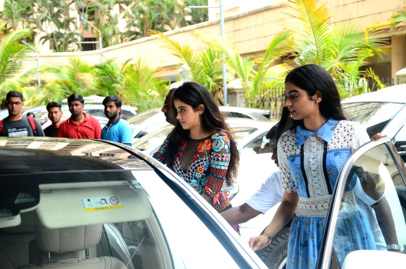 """Actress Sridevi's daughters Khushi Kapoor and Jahnavi Kapoor during the trailer launch of their upcoming film """"Mom"""" in Mumbai, on June 3, 2017. - Sridev, Khushi Kapoor and Jahnavi Kapoor"""