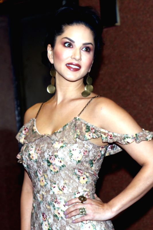 """Actress Sunny Leone during a press conference to promote her upcoming film """"Tera Intezaar"""" in New Delhi on Nov 21, 2017. - Sunny Leone"""
