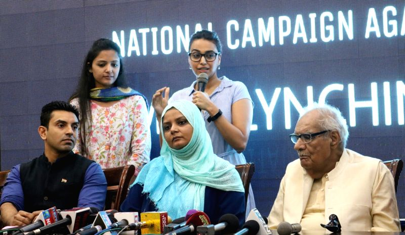 Actress Swara Bhaskar, AISA activist Shehla Rashid and others during a programme organised to launch National Campaign against Mob-lynching in New Delhi, on June 5, 2017. - Swara Bhaskar