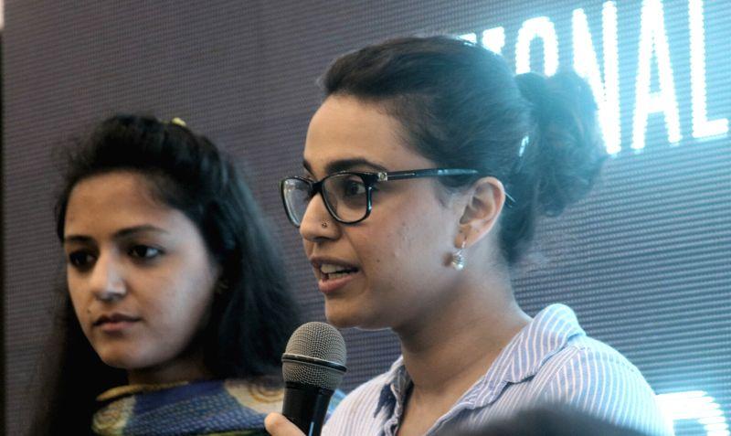 Actress Swara Bhaskar and AISA activist Shehla Rashid during a programme organised to launch National Campaign against Mob-lynching in New Delhi, on June 5, 2017. - Swara Bhaskar