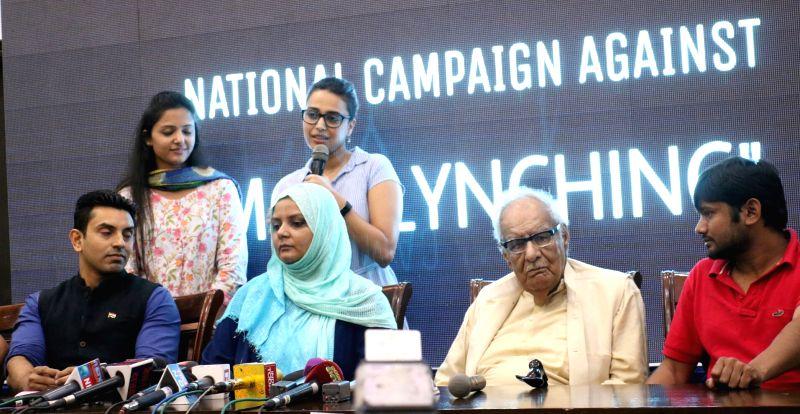 Actress Swara Bhaskar with AISA activists Shehla Rashid and Kanhaiya Kumar during a programme organised to launch National Campaign against Mob-lynching in New Delhi, on June 5, 2017. - Swara Bhaskar and Kanhaiya Kumar