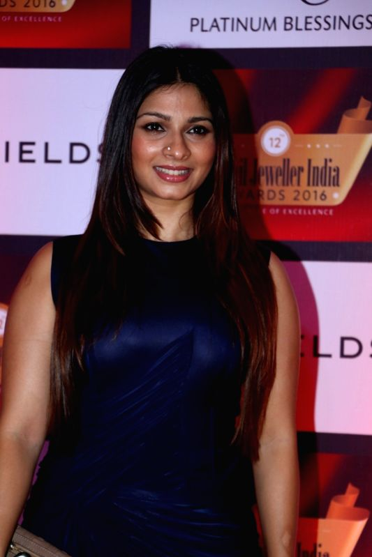 Actress Tanisha Mukherji during the 12th Gemfields Retail Jeweller India Awards 2016, in Mumbai, on August 6, 2016. - Tanisha Mukherji