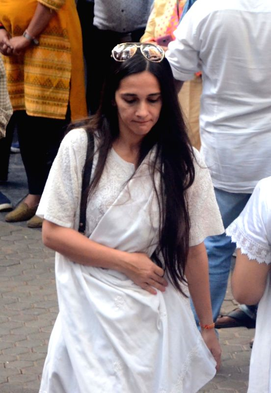 Actress Tara Sharma arrives to attend Late actor Shashi Kapoor's condolence meeting in Mumbai on Dec 7, 2017. - Tara Sharma and Shashi Kapoor