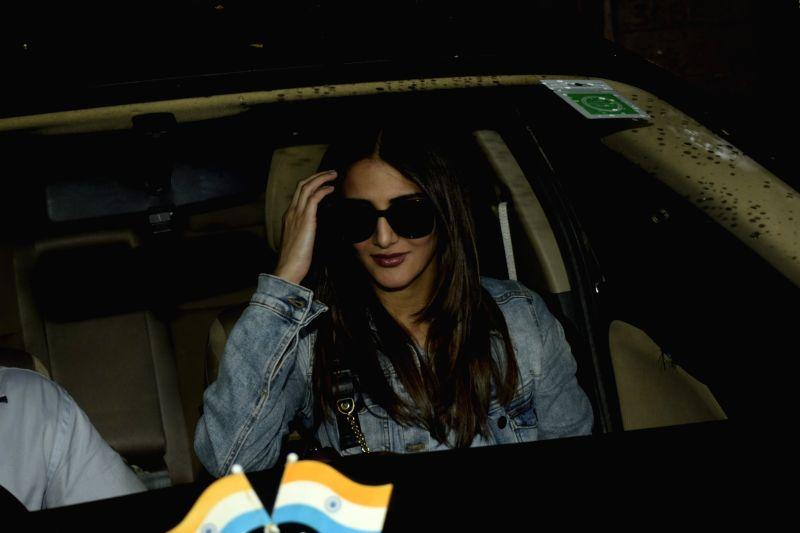 Actress Vaani Kapoor seen at Mumbai's Juhu on July 11, 2018. - Vaani Kapoor