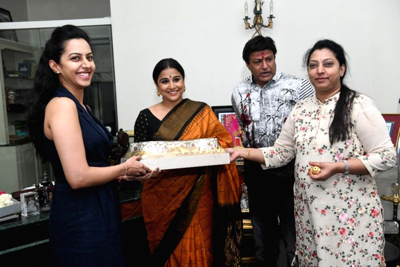 Actress Vidya Balan, who is playing a role in an upcoming biopic on former Andhra Pradesh Chief Minister N. T. Rama Rao, meets his family members, in Hyderabad on July  18, 2018. - Vidya Balan
