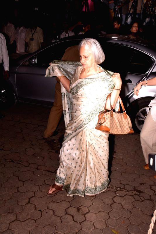 Shashi Kapoor's condolence meet - Waheeda Rehman and Shashi Kapoor