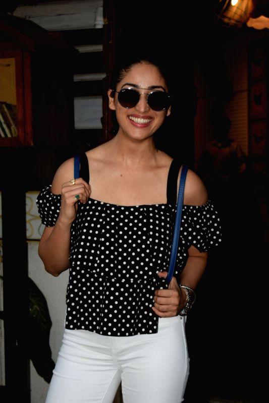 Actress Yami Gautam seen at a restaurant in Juhu, Mumbai on April 20, 2018.(Image Source: IANS)
