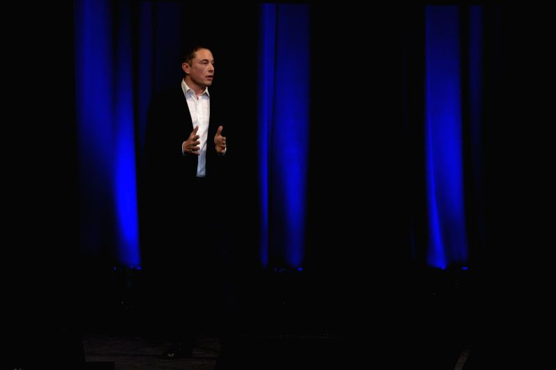 ADELAIDE, Sept. 29, 2017 - Elon Musk, Chief Executive Officer (CEO) of Space Exploration Technologies Corporation (SpaceX), speaks on the final day of the 68th International Astronautical Congress ...
