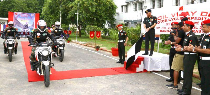 "Adjutant General and Colonel Commandant, Corps of Military Police, Lt. Gen. Ashwani Kumar flags off the New Delhi leg of ""Bangalore to Drass Motorcycle Expedition"" from New Delhi on ... - Ashwani Kumar"
