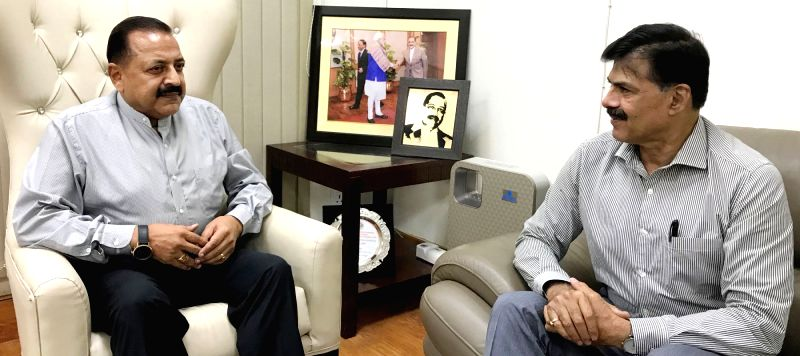 Advisor to Jammu and Kashmir Governor, K. Vijay Kumar calls on Union MoS Prime Minister's Office Jitendra Singh, in New Delhi on July 31, 2018. - K. Vijay Kumar and Jitendra Singh