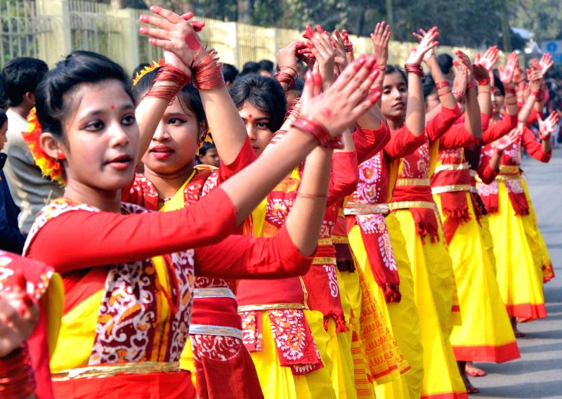 School students participate in a programme organised on the birth anniversary of Netaji Subhas Chandra Bose in Agartala, on Jan 23, 2015.