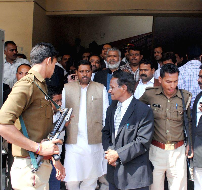Union MoS HRD Ram Shankar Katheria arrives at an Agra court, on March 17, 2015.