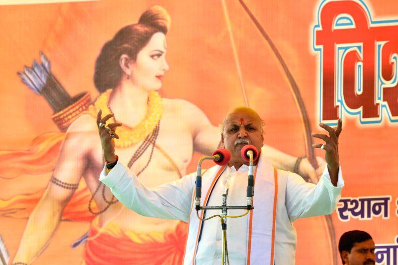 VHP leader Praveen Togadia addresses during Vishal Hindu Sammelan in Agra, on Feb 15, 2015.