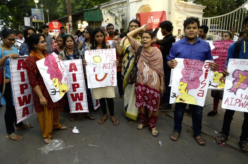 AIPWA and AISA activists stage a demonstration to protest against incidents of rape in Unnao (Uttar Pradesh) and Kathua (Jammu and Kashmir) in Kolkata on April 13, 2018.