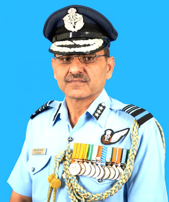 Air Marshal Virender Mohan Khanna takes over as the Air Officer-in-charge Maintenance (AOM), in New Delhi on Nov 1, 2015.
