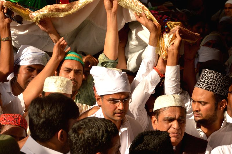 Rajasthan Congress chief Sachin Pilot arrives at the at the shrine of Khwaja Moinuddin Chishti with the `Chaadar` sent by Congress chief Sonia Gandhi, in Ajmer on April 23, 2015. - Sonia Gandhi