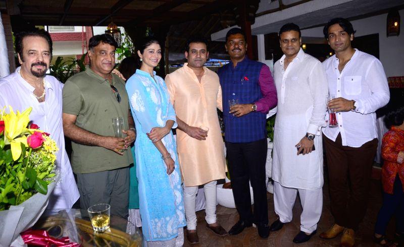 Akbar Khan, Puja Batra, Nitin Kenny, Joe Rajan & Pratap Sarnaik, Bunty Grewal at Akbar Khan`s residence during a Get-together, in Mumbai, on July 22, 2016. - Akbar Khan
