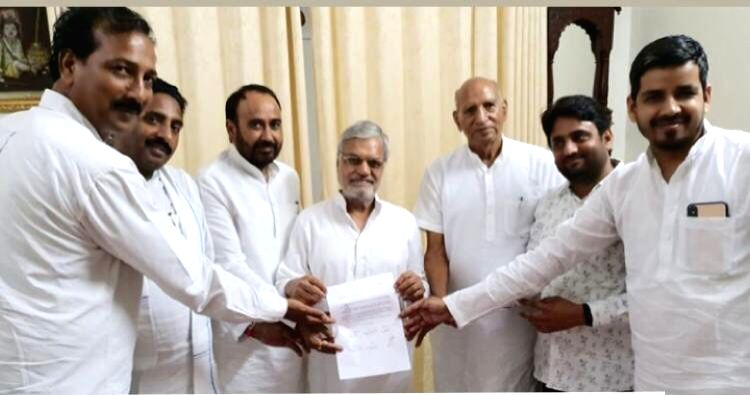 All 6 BSP MLAs join Congress in Rajasthan.