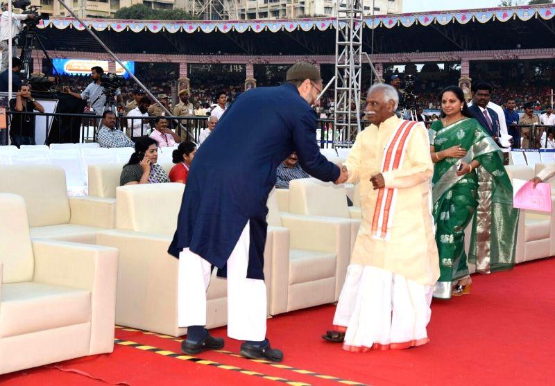 All India Majlis-e-Ittehad-ul Muslimeen (AIMIM) Asaduddin Owaisi with BJP leader Bandaru Dattatreya during inauguration of World Telugu Conference in Hyderabad, on Dec 15, 2017.