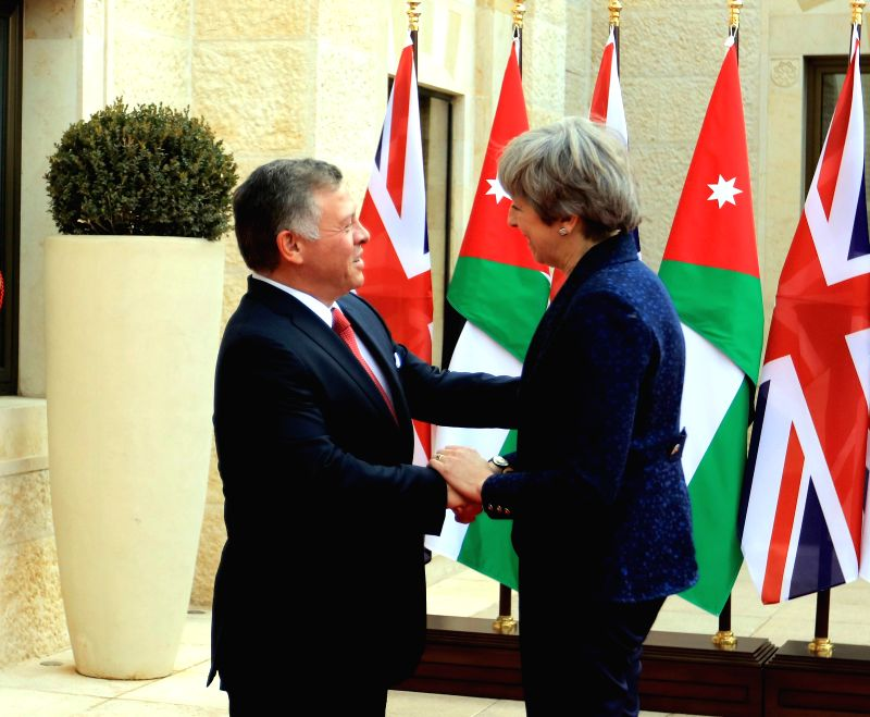AMMAN, Nov. 30, 2017 - Jordanian King Abdullah II (L) meets with British Prime Minister Theresa May in Amman, Jordan, on Nov. 30, 2017. (Xinhua/Mohammad Abu Ghosh) - Theresa May and Abu Ghosh
