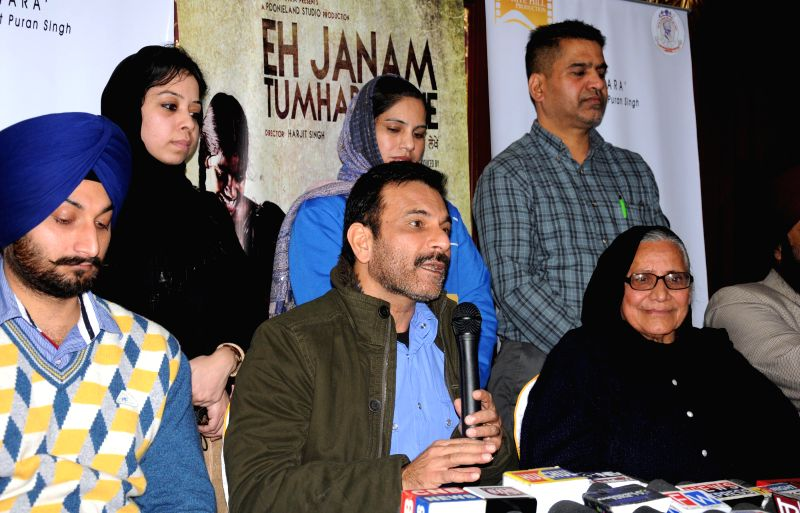 Actor Pavan Malhotra during a press conference to promote his upcoming film `Eh Janam Tumhare Lekhe` in Amritsar, on Jan 22, 2015. - Pavan Malhotra