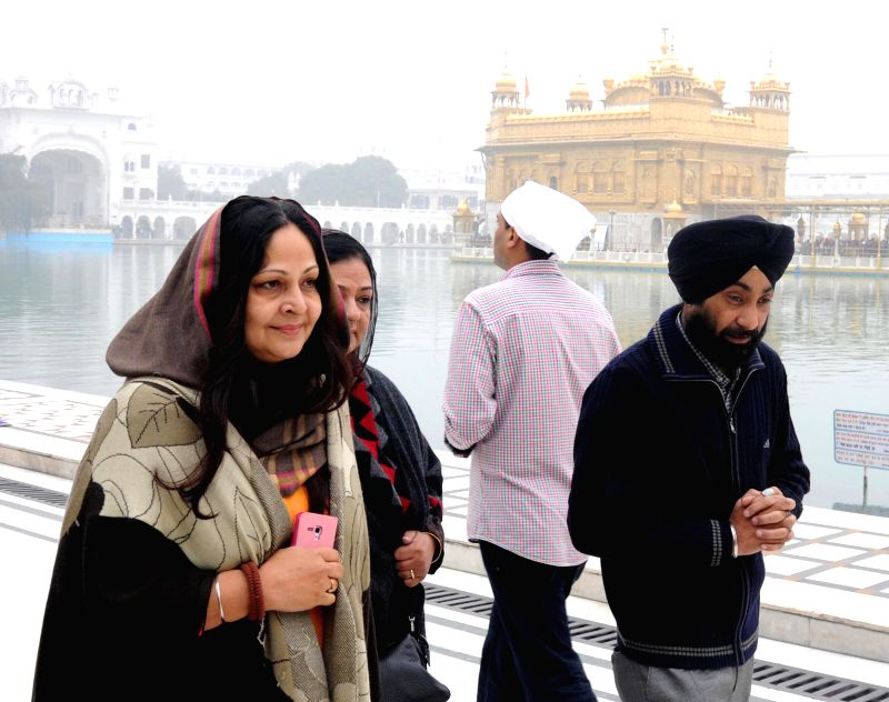 Actress Rati Agnihotri pays obeisance at the Golden Temple  in Amritsar, on Dec 19, 2014.