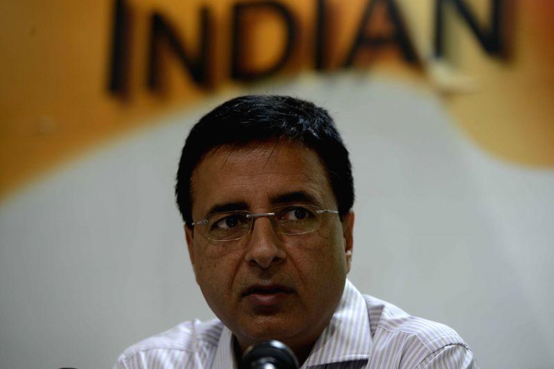 Congress spokesperson Dr. Ami Yagnik addresses a press conference in New Delhi on April 3, 2015.