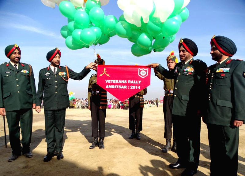 Lieutenant General KJ Singh during the Veterans Rally at Khasa near Amritsar, on Dec 7, 2014.
