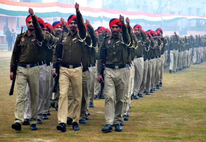 Republic Day rehearsals underway in Amritsar, on Jan 22, 2015.