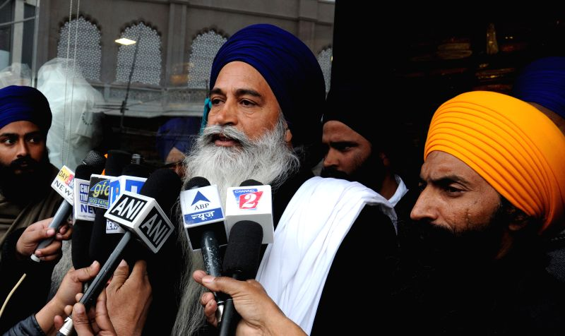 Sikh radical leader Amarik Singh talks to press during during a statewide strike called by Sikh radicals to demand release of Sikhs prisoners who are languishing in various jails across the - Amarik Singh and Balwant Singh Gopala
