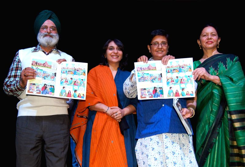 Social activist and retired IPS officer Kiran Bedi and others at the launch of her book in Amritsar, on Nov 19, 2014.