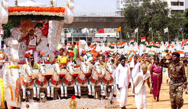 An Independence Day tableau during 68th Independence Day Parade at Manekshaw Parade Grounds in Bangalore on Aug 15, 2014.