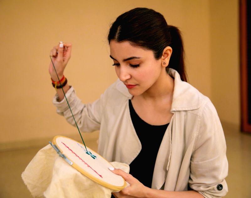 "Anushka Sharma prepares for ""Sui Dhaaga"". - Anushka Sharma"