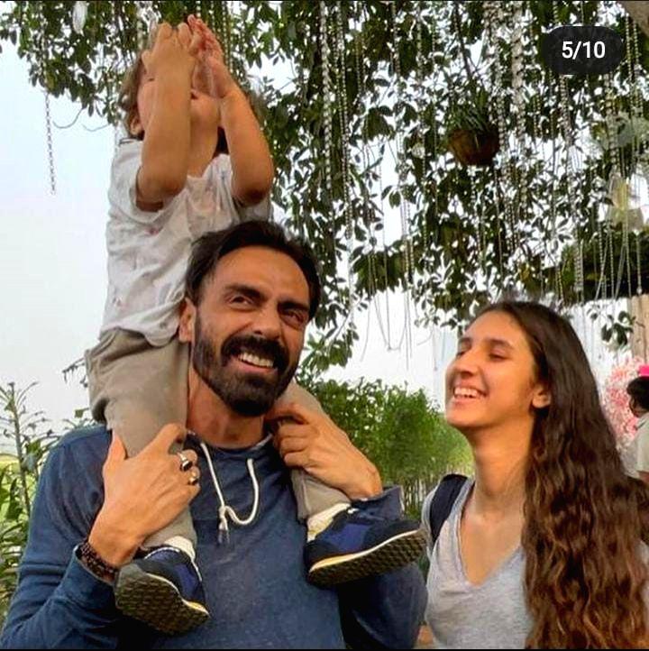 Arjun Rampal shares birthday wish as daughter Myra turns 16.