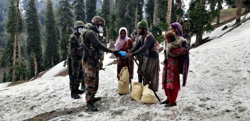Army rescues Bakarwal family in Kishtwar.