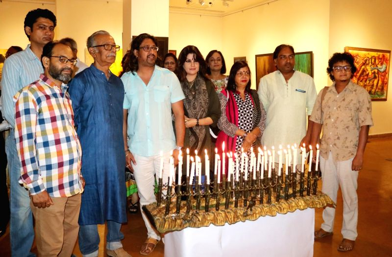 "Artists Niren Sen Gupta, Prince Chand, Gagan Vij, Yash Jaswal, Vimal Chand, Madhu Priya, Poonam Kohli, Kuldeep Kumar and Radhey Shyam at the launch of ""Eternal Peace"" an art ... - Niren Sen Gupta, Poonam Kohli, Kuldeep Kumar and Radhey Shyam"