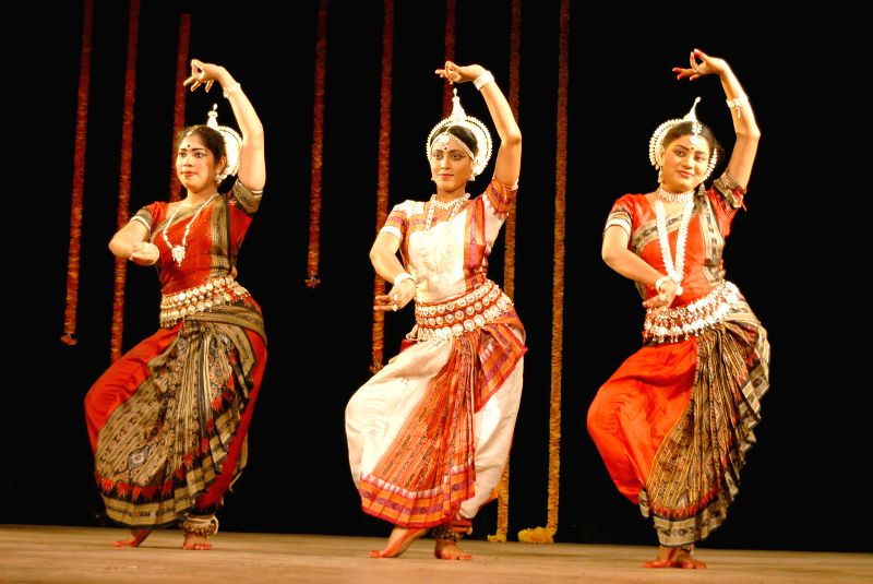Artists perform during a a programme organised on 'World Dance Day' at Ravindra Kalakshetra in Bangalore on April 29, 2014.