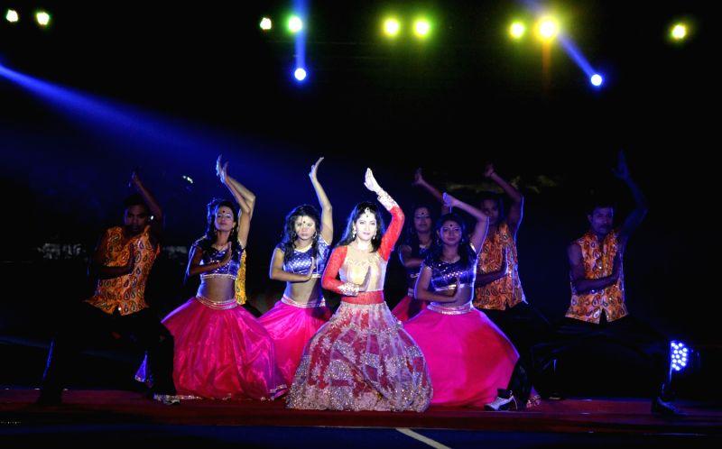 Myanmar TV broadcasts independence hero ceremony
