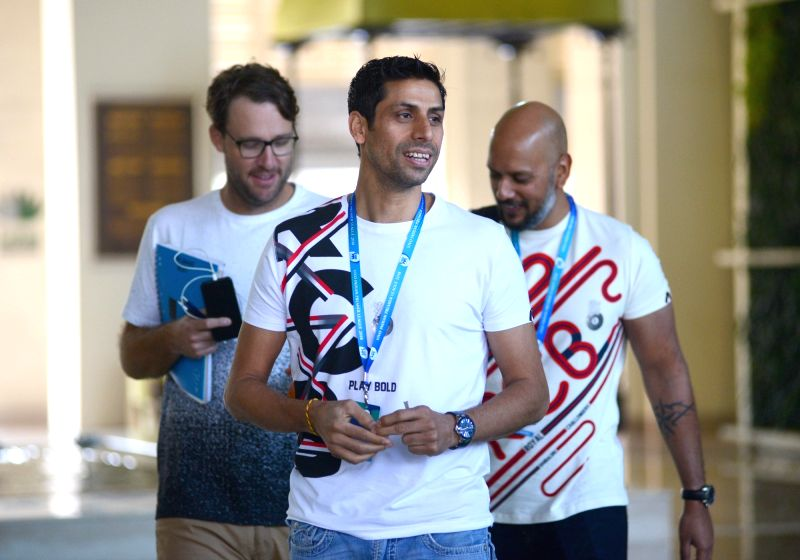 Ashish Nehra and Daniel Vettori arrives to attend Indian Premier League (IPL) Players' Auction in Bengaluru on Jan 28, 2018. - Ashish Nehra