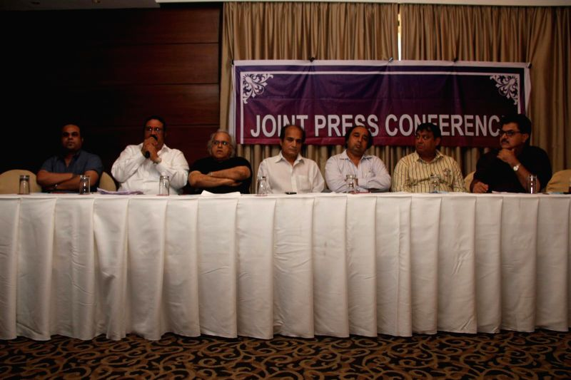 Ashish Rego, Dilip Pithwa, Kamlesh Pandey, Dharmesh Tiwari, Sangram Shirke, Abhay Sinha and Ashok Pandit during the press conference for the clarification on the true occurrences in the conflict ... - Kamlesh Pandey and Abhay Sinha