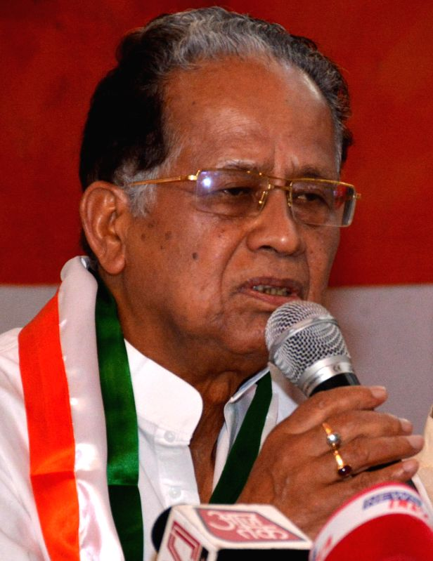 Assam Chief Minister Tarun Gogoi addresses a press conference in Guwahati on May 17, 2014.
